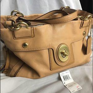 Coach Peyton Carryall Shoulder Bag Camel Leather